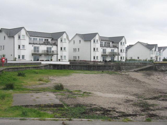 Houses at Ganavan Bay
