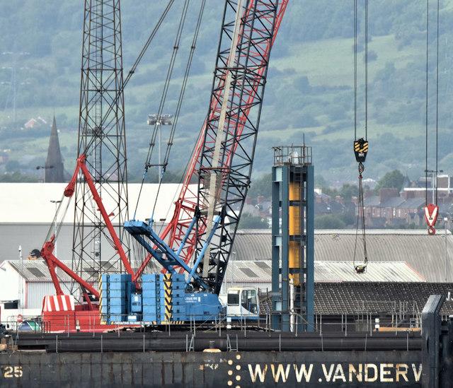 Crawler cranes, VT2, Belfast harbour (June 2019)