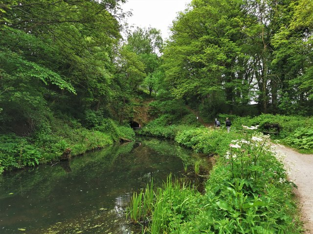 Approaching small tunnel on Cromford Canal