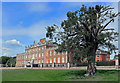TL3350 : Wimpole Hall by Des Blenkinsopp