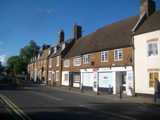 Wellingborough: Broad Green