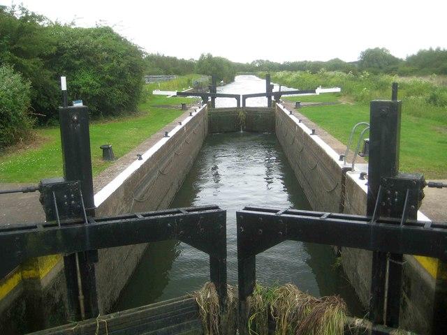 River Nene Navigation: Upper Wellingborough Lock (1)
