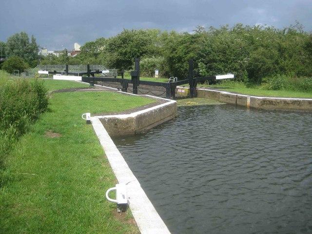 River Nene Navigation: Upper Wellingborough Lock (2)