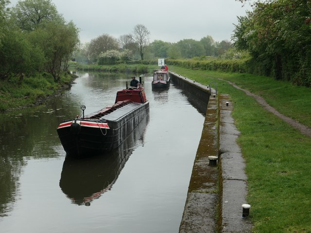 Two narrowboats approaching Derwent Mouth Lock [no 1]