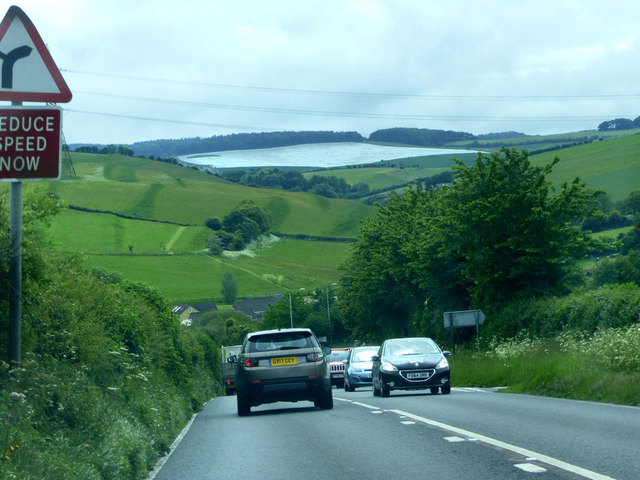 A35 approaching Winterbourne Abbas
