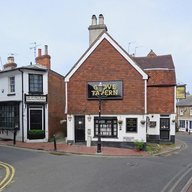 Tunbridge Wells: The Grove Tavern