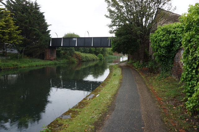 The canal was constructed with wide locks so that it was capable of taking huge barges throughout its whole length. Leeds & Liverpool Canal © Ian S :: Geograph Britain and ...