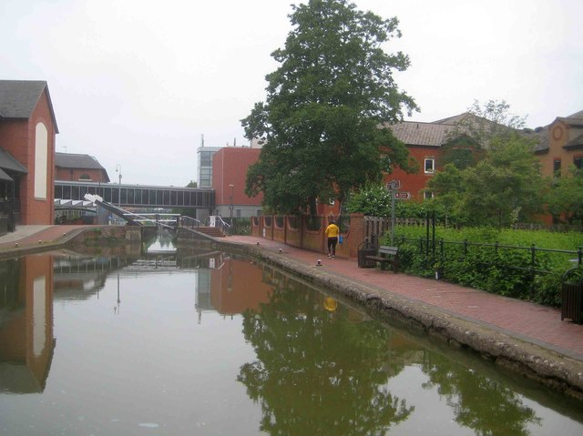 Oxford Canal: Pound upstream of Banbury Lock Number 29