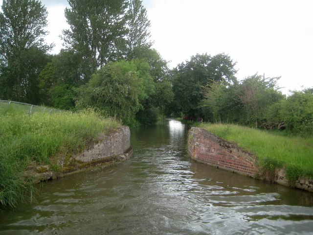 Oxford Canal: Site of former Swing Bridge Number 169