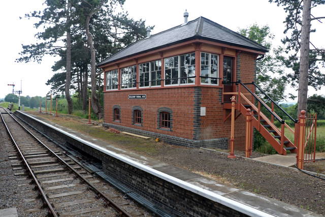 New signal box at Broadway