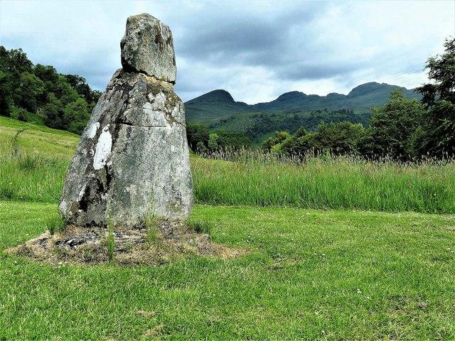 Fingal's Stone - Killin