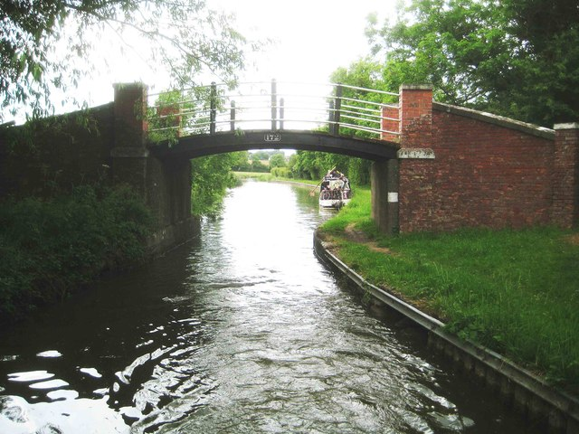 Oxford Canal: Nadkey Bridge Number 172