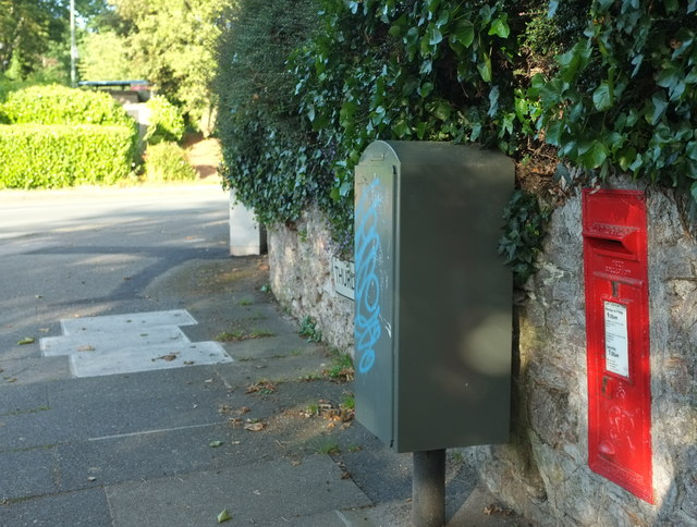 Postbox and drop box, Thurlow Road