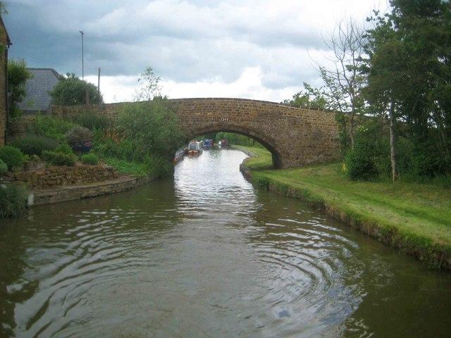 Oxford Canal: Twyford Road Bridge Number 177