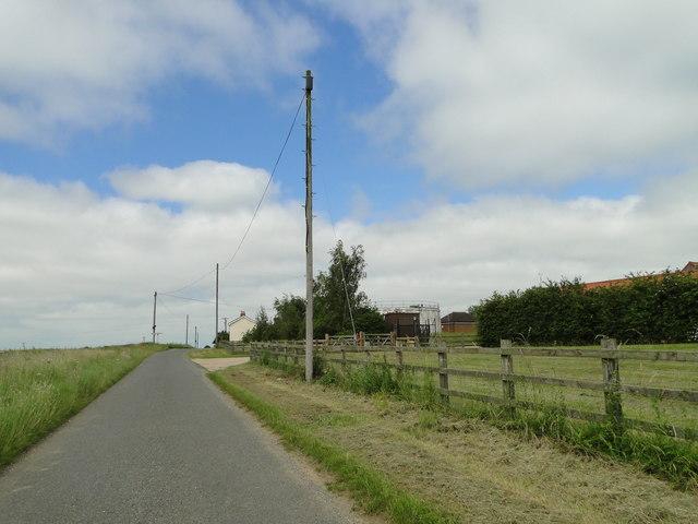 Approaching High Oak crossroads, Morley