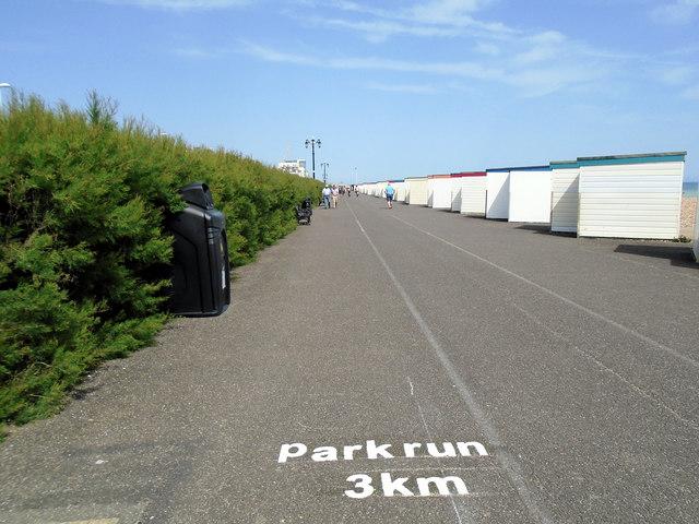 parkrun marker 3km - Worthing Seafront