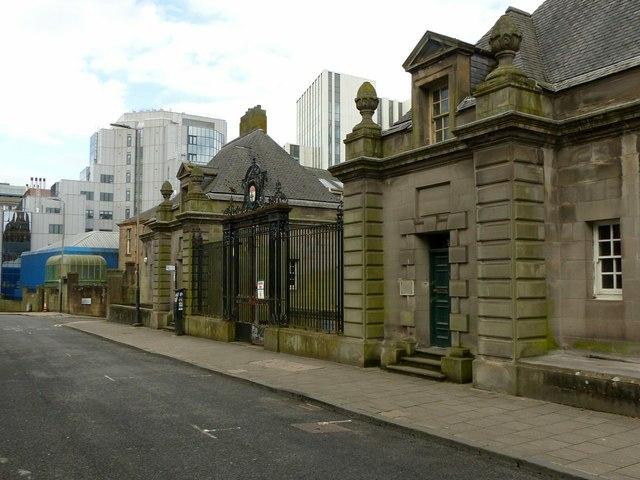 Former Glasgow Academy gateway on Holland Street