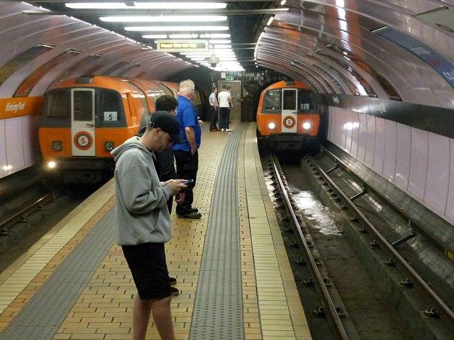Kinning Park Subway station