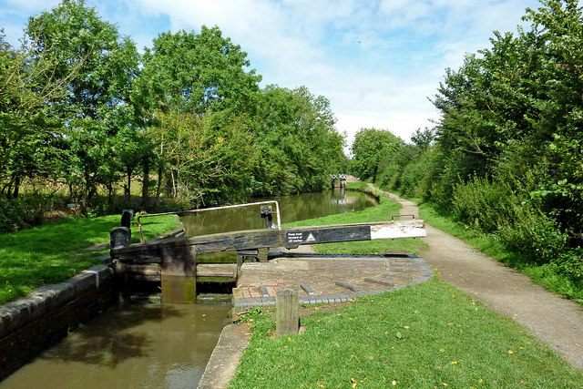 Lock No 24 south of Kingswood Junction, Warwickshire