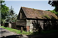 SU9555 : Barn in Chapel Lane by Peter Trimming