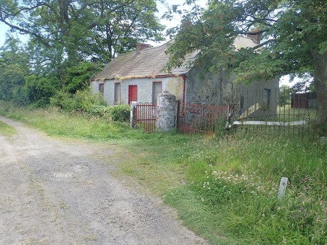 Disused farmhouse on Racecourse Road, Dundalk