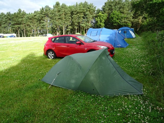 Camping at Lilliardsedge Holiday Park