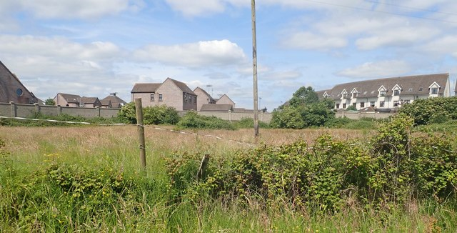 Detached houses and apartment blocks at Ath Lethan, Racecourse Road, Dundalk