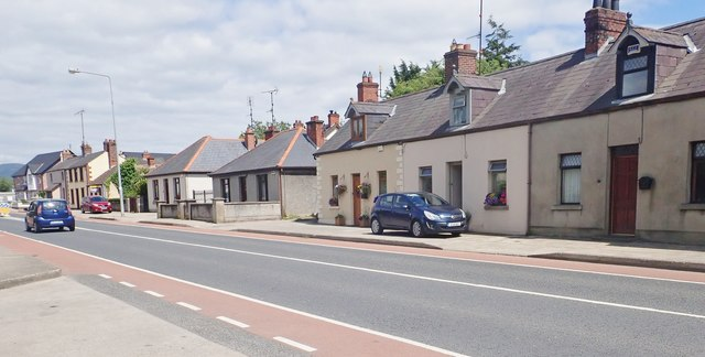Terraced cottages on the R132 (Newry Road)