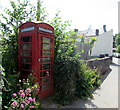 SO1122 : Red phonebox, Talybont-on-Usk by Jaggery