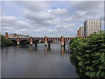 NS5964 : City Union Railway Bridge, Glasgow by Rudi Winter