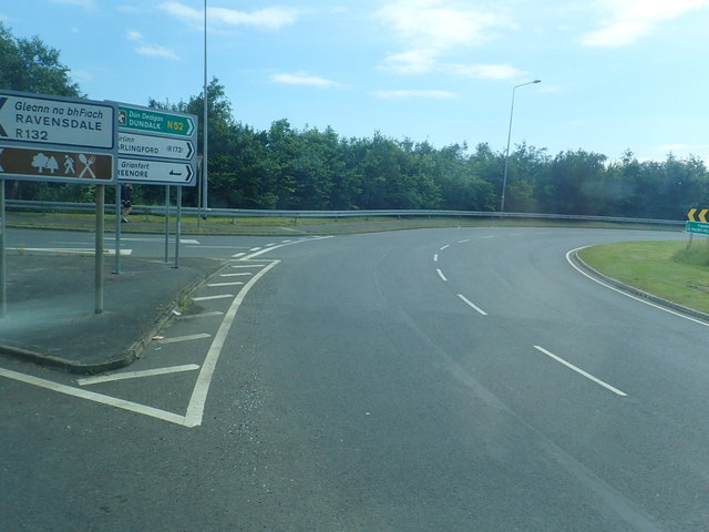 The R132 junction at Major's Hollow Roundabout