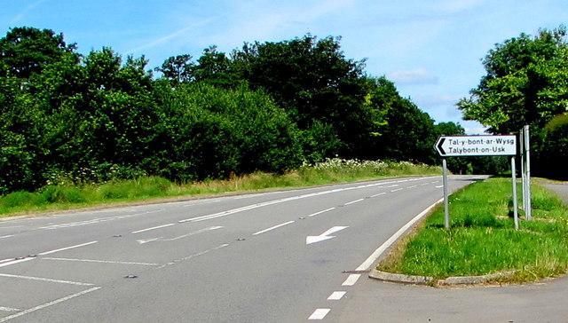 Talybont-on-Usk direction sign, Llansantffraed, Powys