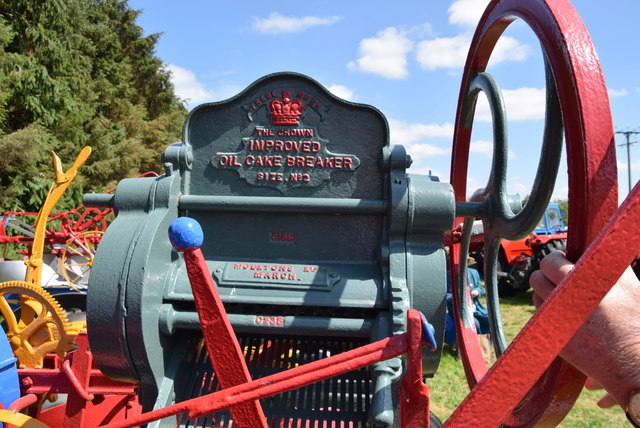 Oil Cake Breaker - 179th Omagh Annual Agricultural Show 2019