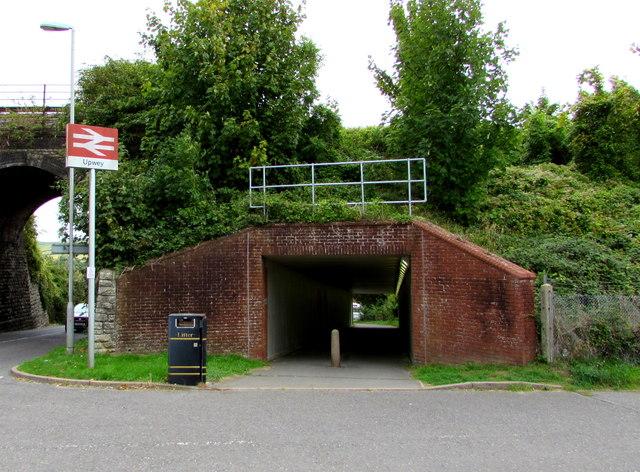 Railway underpass, Station Approach, Upwey