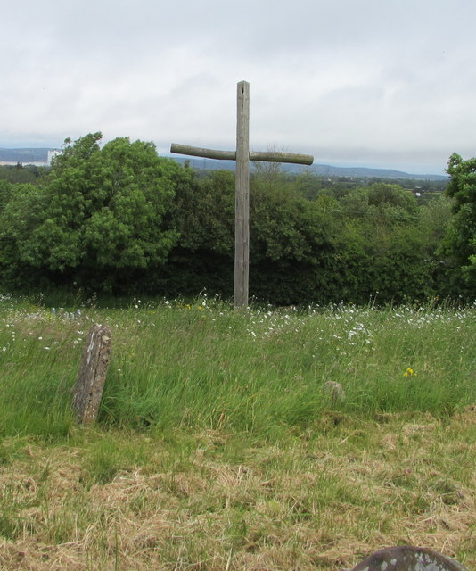 Wooden cross in St Arilda's churchyard, Oldbury-on-Severn