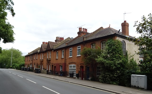 Houses on High Road (A121)