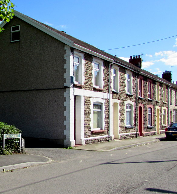 Houses at northern end of High Street, Ynysddu