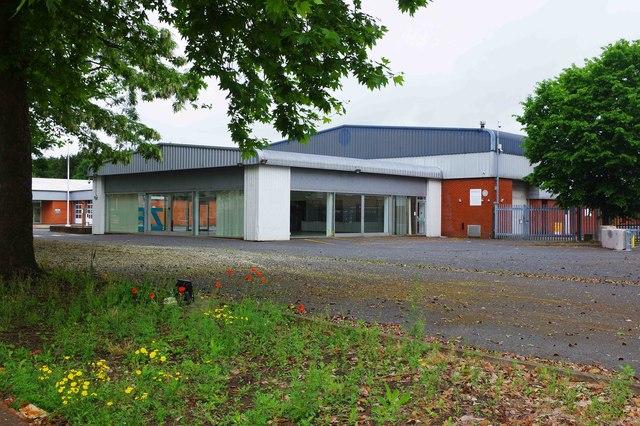 Former Hylton's Renault dealership (2), Everoak Industrial Estate, Bromyard Road, St. John's, Worcester