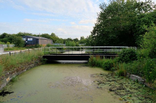 Sankey Bridges: Swing Bridge over the Sankey Canal