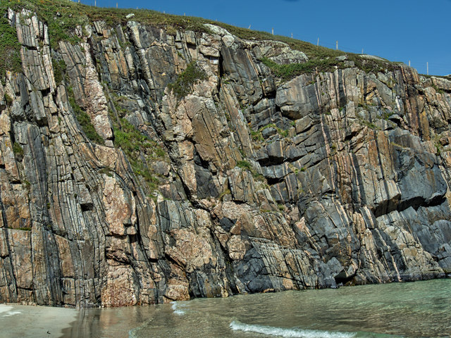 Rocky headland, Tràigh Allt Chàilgeag