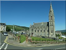 NS1776 : South side, St John's Church of Scotland, Dunoon by Christine Johnstone