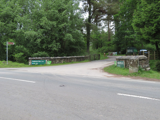 Entrance to Mallards Pike Lake forest park, Forest of Dean