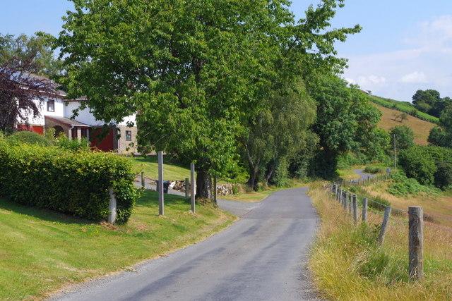 Lane to Llansantffraed-in-Elwel