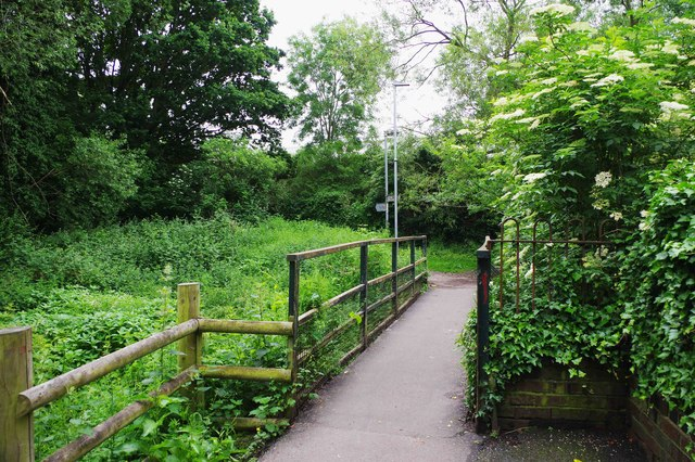 Footbridge over Laughern Brook, St. John's, Worcester
