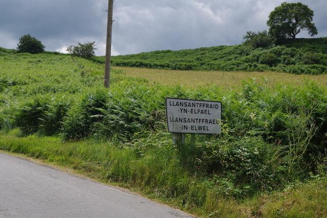 Village sign, Llansantffraed-in-Elwel