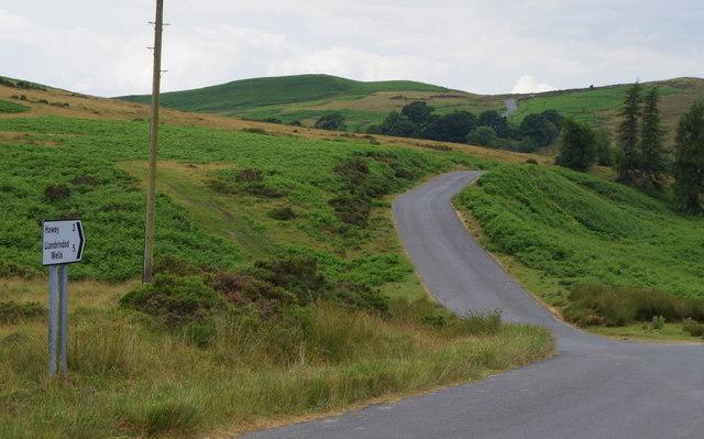 Lane over the hills to Howey and Llandrindod Wells