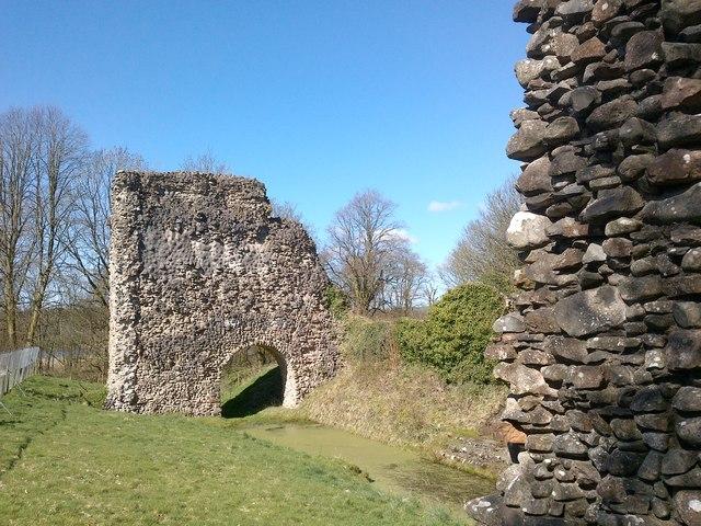Lochmaben Castle