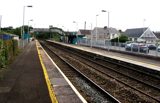 Pengam railway station by Jaggery