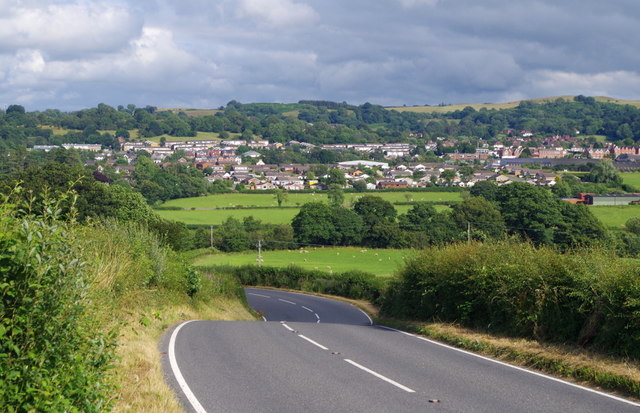 A4081 and view to Llandrindod Wells
