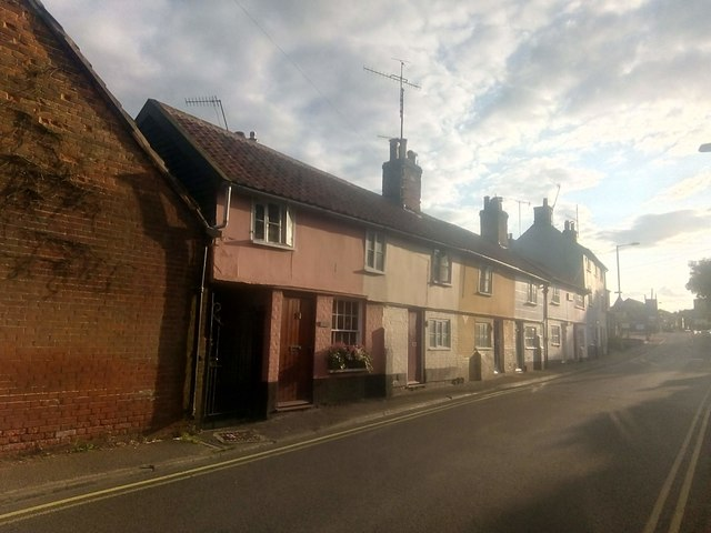 Cottages on Chantry Road, Saxmundham